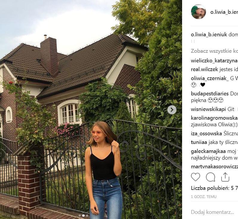 Oliwia Bieniuk zmieniła fryzurę! Wygląda jak Anna Przybylska w młodości