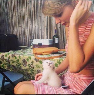 Co powiecie na Taylor Swift bez makijażu? (FOTO+VIDEO)