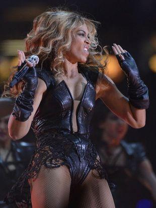 Beyonce znowu ma brzydkie zdjęcia (FOTO)