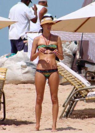 Alessandra Ambrosio na urlopie (FOTO+VIDEO)