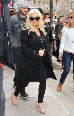 Ciężarna Christina Aguilera zrobiła sobie nagą sesję (FOTO)