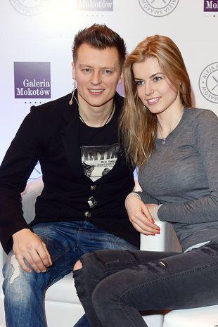 Rafał Brzozowski z dziewczyną na salonach (FOTO)