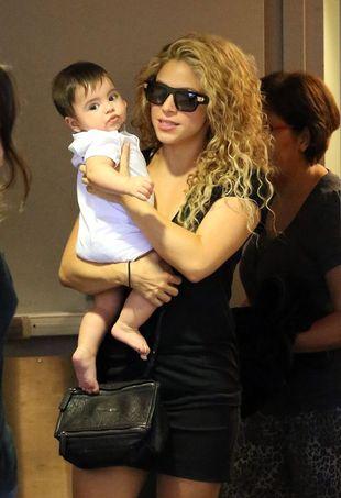 Seksowna mamuśka – Shakira (FOTO)