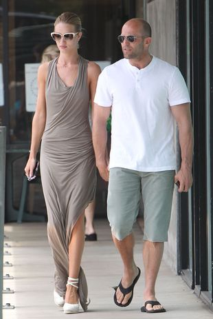 Rosie Huntington-Whiteley i Jason Statham idą na… (FOTO)