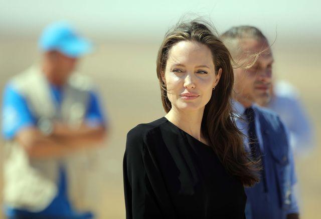 OKROPNOŚĆ! Angelina Jolie zjada TO na obiad?! (VIDEO)