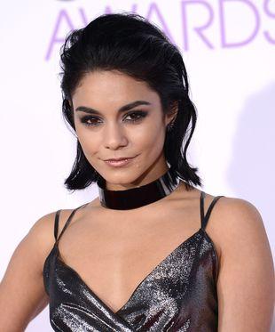Na People's Choice Awards zachwycała bez doczepów (FOTO)