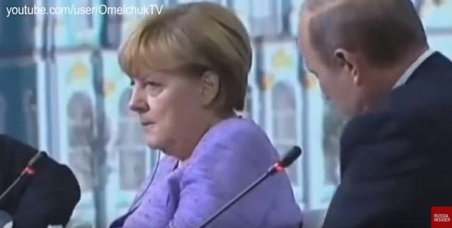 Putin rzuca erotyczny dowcip. Merkel piorunuje go wzrokiem