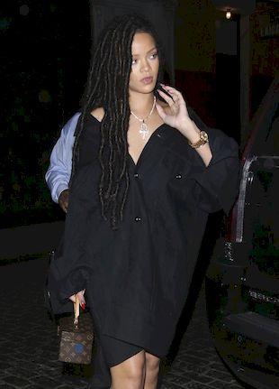 Rihanna odwiedziła swojego ojca! Czy jest do niej podobny? (FOTO)