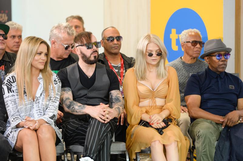 Żółta Margaret, czarny Szpak i khaki Kazadi na konferencji Top Sopot Festival