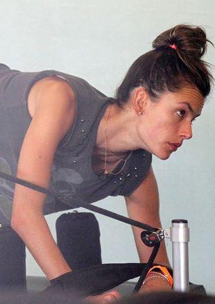 Tak ćwiczy Alessandra Ambrosio (FOTO)