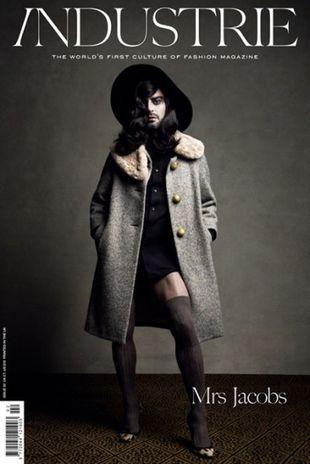 Marc Jacobs pokazał nogi (FOTO)