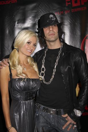 Holly Madison - oto czego Criss Angel chce na święta