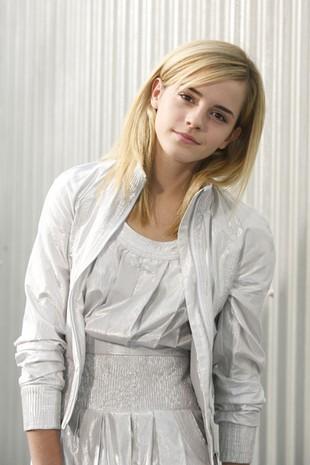 Dlaczego Emma Watson obcięła włosy?