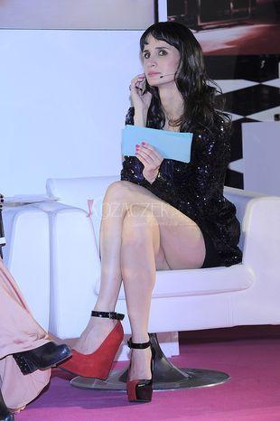 Dwukolorowe buty pewnej polskiej modnisi (FOTO)