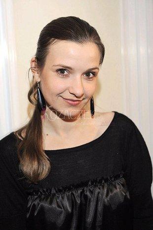 Joanna Koroniewska jada w biegu