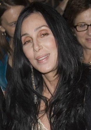 To Cher zagra Kobietę Kota w Batmanie!