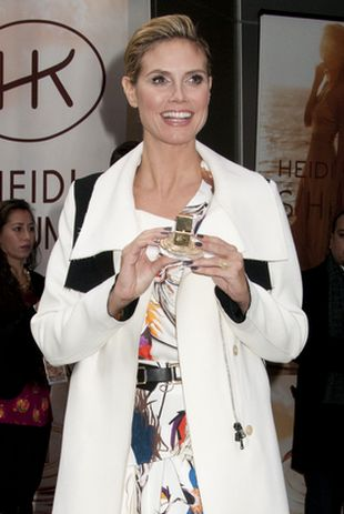 Heidi Klum promuje perfumy (FOTO)
