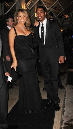 Mariah Carey i jej wdzięki na czerwonym dywanie (FOTO)