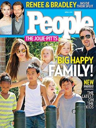 Każde dziecko Jolie i Pitta ma swoją opiekunkę