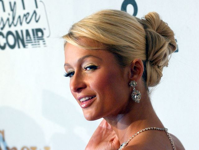 Paris Hilton jednak romansuje z kobietą