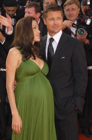 Angelina Jolie przeprowadza się do pałacu