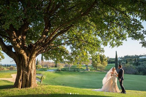 Doda w sukni ślubnej! Magiczna sesja zdjęciowa ze ślubu