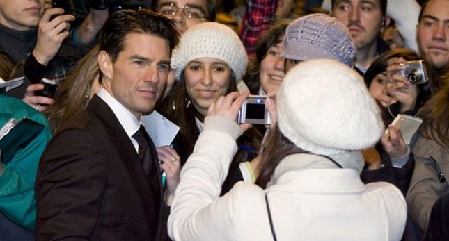 Tom Cruise młodnieje (FOTO)