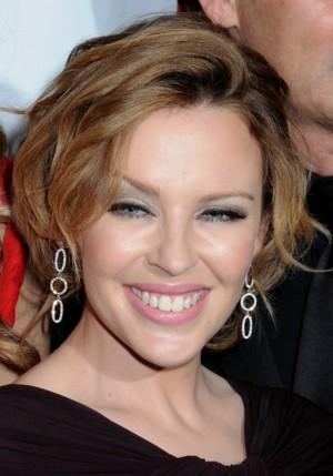 Kylie Minogue uderzyła swojego narzeczonego