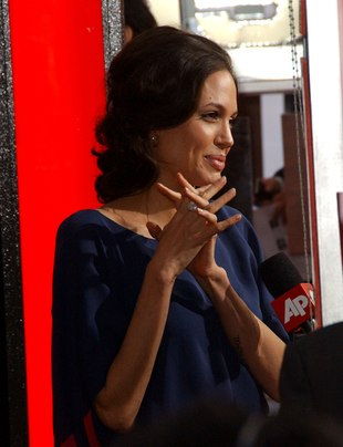 Angelina Jolie wreszcie wyszła z worka