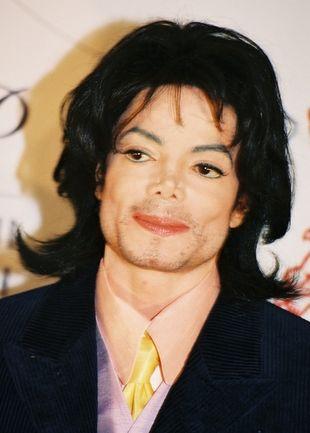 Jackson w tajemnicy nagrał 100 nowych utworów!