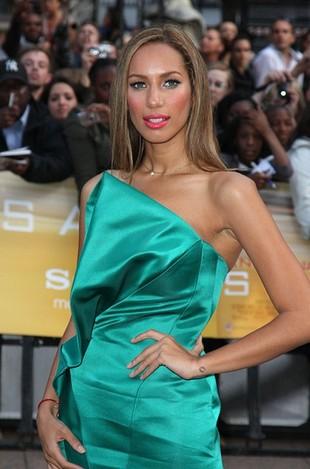 Odchudzona Leona Lewis na premierze filmu Salt (FOTO)