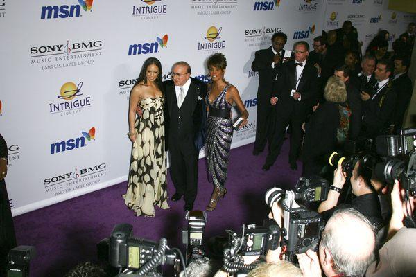 Alicia Keys wygrywa, gdy przykrywa (FOTO)