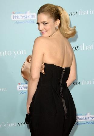 Drew Barrymore schudła przez piercing