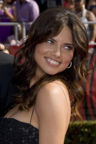 Adriana Lima prowokuje