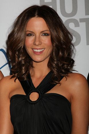 Kate Beckinsale ubywa lat (FOTO)