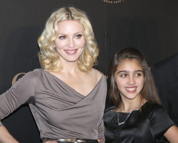 Madonna z córką na salonach (FOTO)