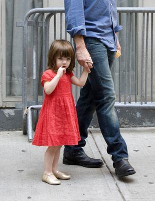 Katie Holmes i Suri na planie filmowym
