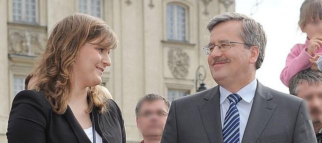Córka Komorowskiego wspiera ojca w kampanii (FOTO)