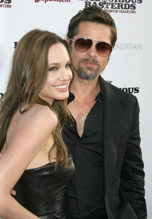 Angelina i Brad zaprojektowali biżuterię