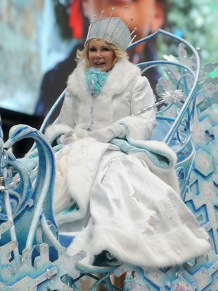 Joan Rivers jako Królowa Lodu (FOTO)