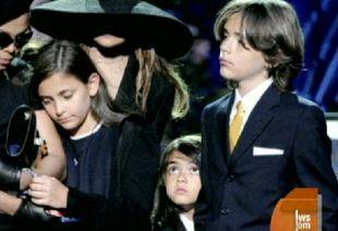 Matka Jacksona ma pełne prawa do opieki nad dziećmi Michaela