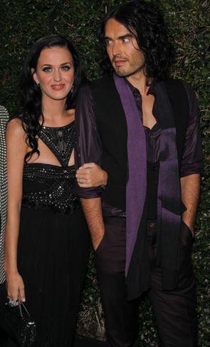Katy Perry ciągle zapomina, że jest już mężatką
