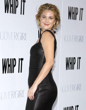 Drew Barrymore ciągle uśmiechnięta (FOTO)