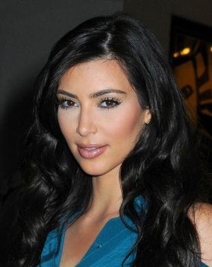 Kim Kardashian rezygnuje z opalenizny? (FOTO)