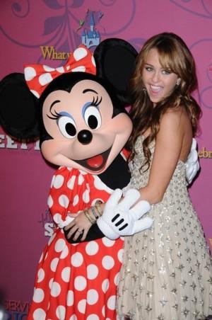 Sweet 16 Miley Cyrus (FOTO)