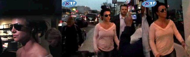 Mama Britney trzyma rękę na…