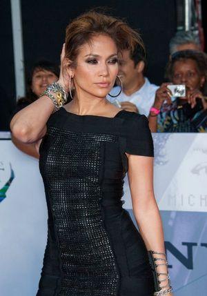 Jennifer Lopez w George Lopez show [VIDEO]