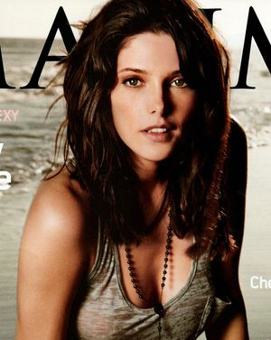 Ashley Greene w Maximie