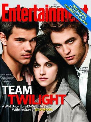 Miłosny trójkąt na okładce magazynu Entertainment