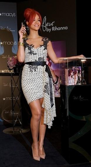 Okładka najnowszego singla Rihanny – Man Down (FOTO)
